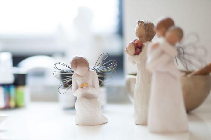 Ein Engel in der Praxis für Naturheilkunde